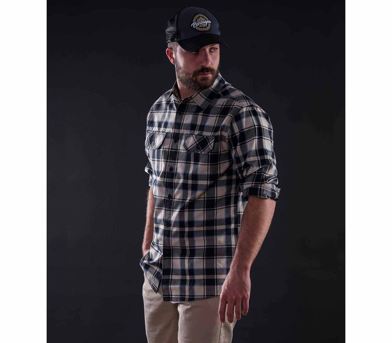 Camisa de Cuadros Pentagon Drifter remangada