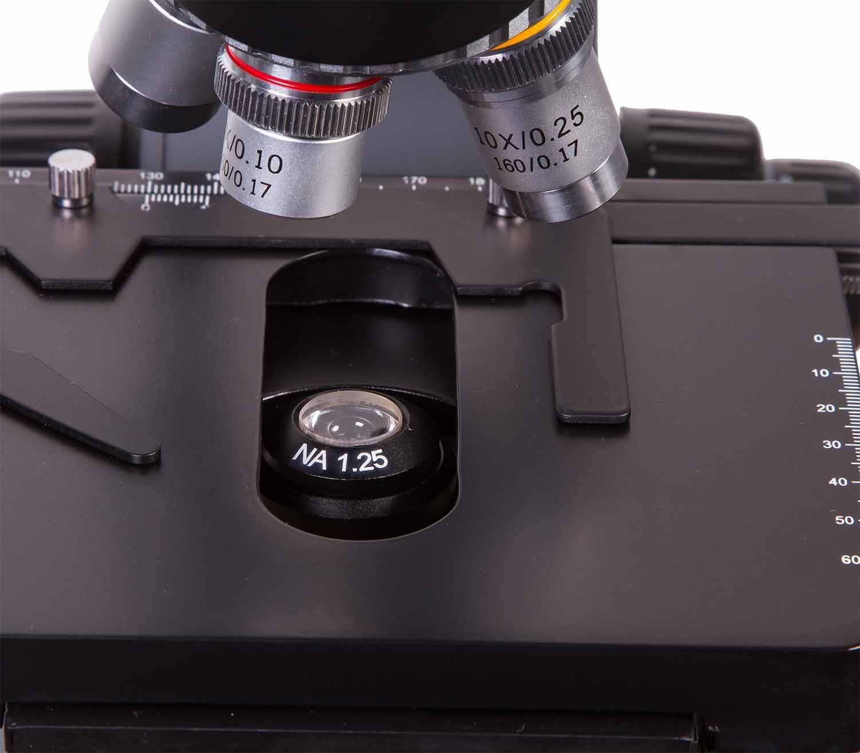Microscopio Binocular Levenhuk 720B platina