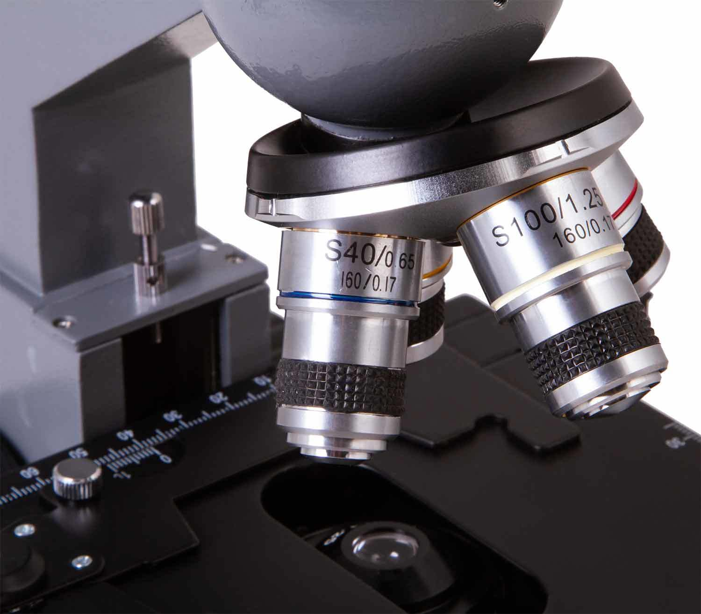 Microscopio Monocular Biológico Levenhuk 320 BASE objetivos