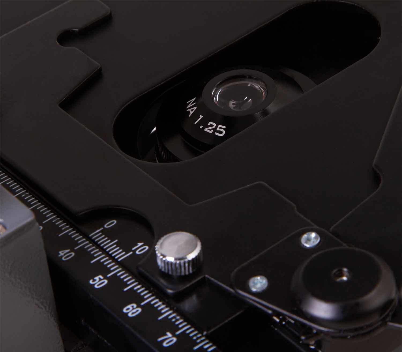 Microscopio Monocular Biológico Levenhuk 320 BASE placa