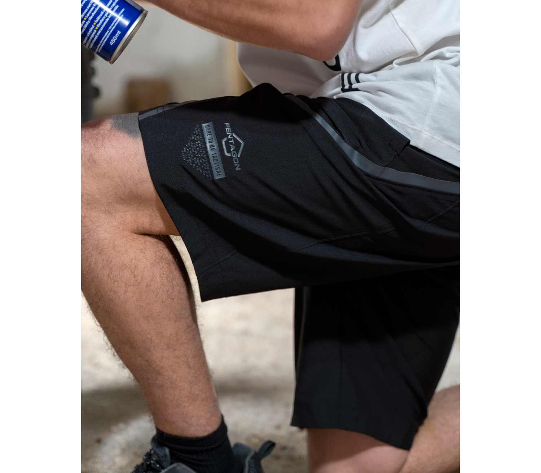 Pantalones Cortos Pentagon Draco lateral